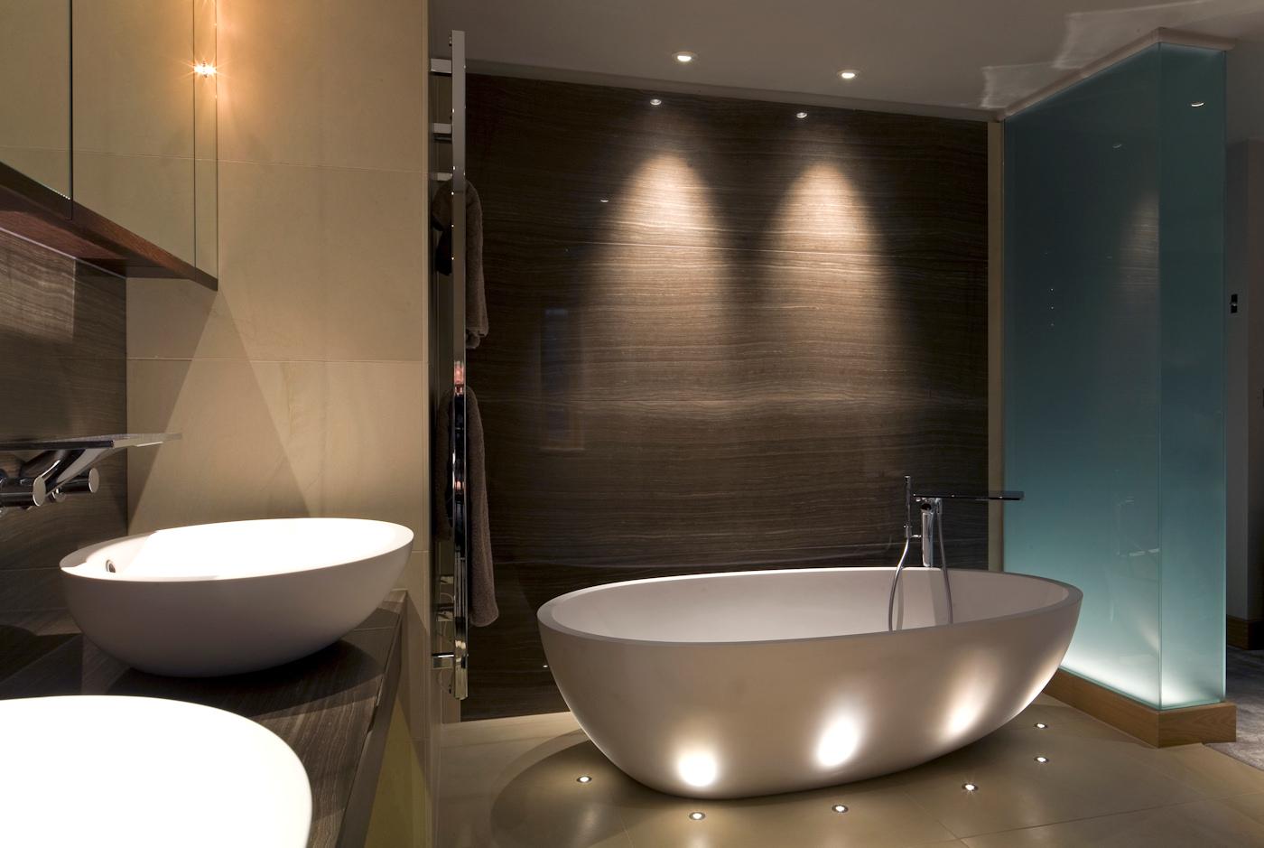 Choose Lightning for Bathrooms